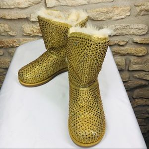 7 Shiekh Gold Crystal Faux Fur Party Boots EUC
